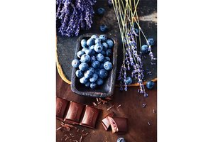 Wizardi Diamond Painting Kit Chocolate and Blueberries WD046