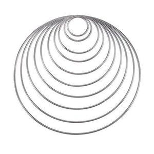 Metalen ringen onbewerkt